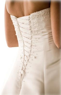 The best bridal shapewear garments to wear under your dress for Underwear under wedding dress